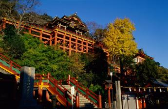 Yutokuinari Shrine