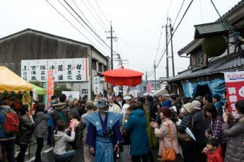 Akama-Juku Festival and Sake Storehouse First Opening of the Year…