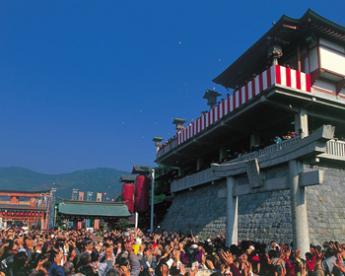 Takahashi Inari Shrine Hatsuuma Festival