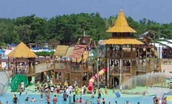 Uminonakamichi Sunshine Pools
