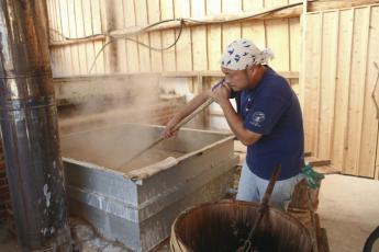 Mataichi no Shio, natural salt made with a multi-level method…